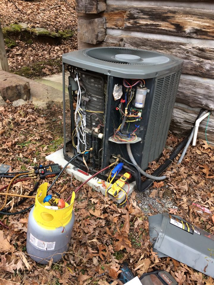 Pomona, IL - Heating repair - servicing this Trane heat pump system