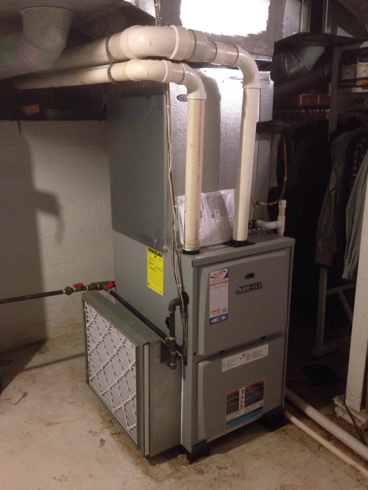 Elkville, IL - New Aire-flo furnace and air conditioner installation