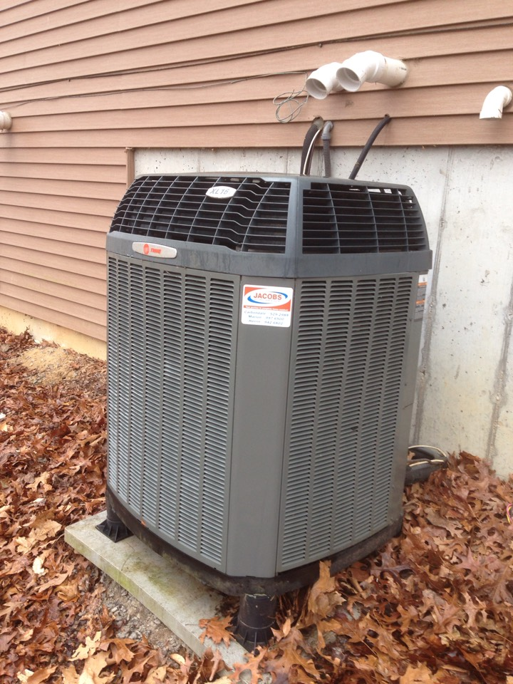 Pomona, IL - Fall maintenance heating tune up and furnace cleaning. Trane furnace and heat pump units
