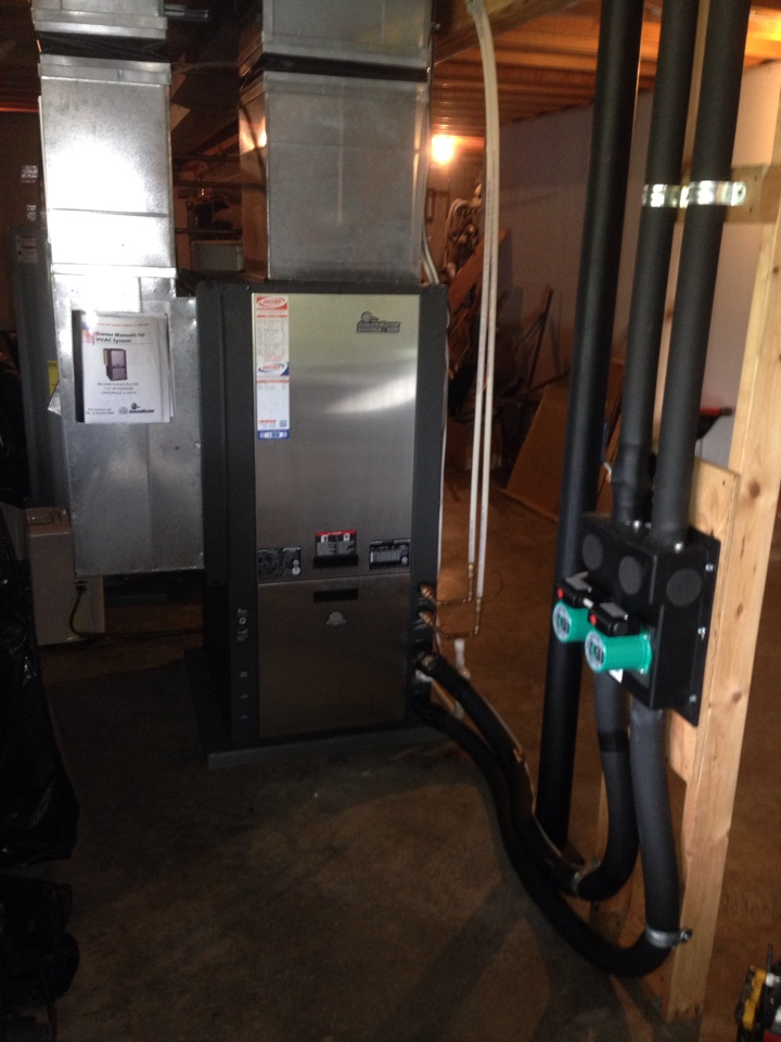 De Soto, IL - Spring maintenance air conditioner check and cleaning. Climate master geothermal unit