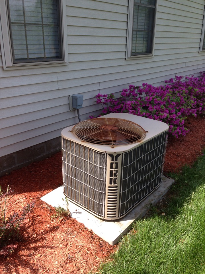 Carterville, IL - Spring maintenance air conditioner check and cleaning. York air conditioner