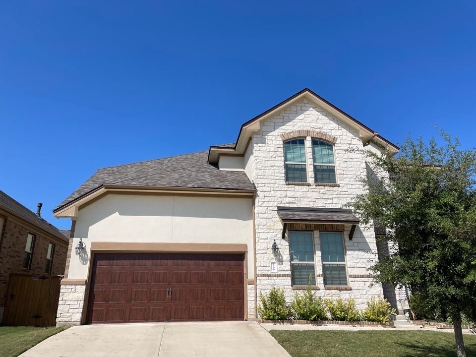 Leander, TX - Replaced Roof with Owens Corning Duration.