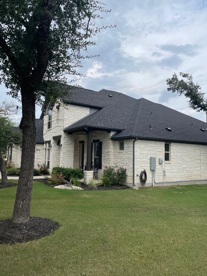 Leander, TX - Replaced Roof with IKO Dynasty Glacier