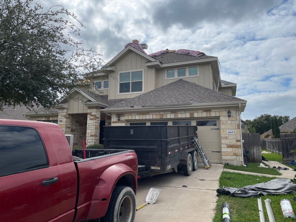 Leander, TX - Roof Replacement