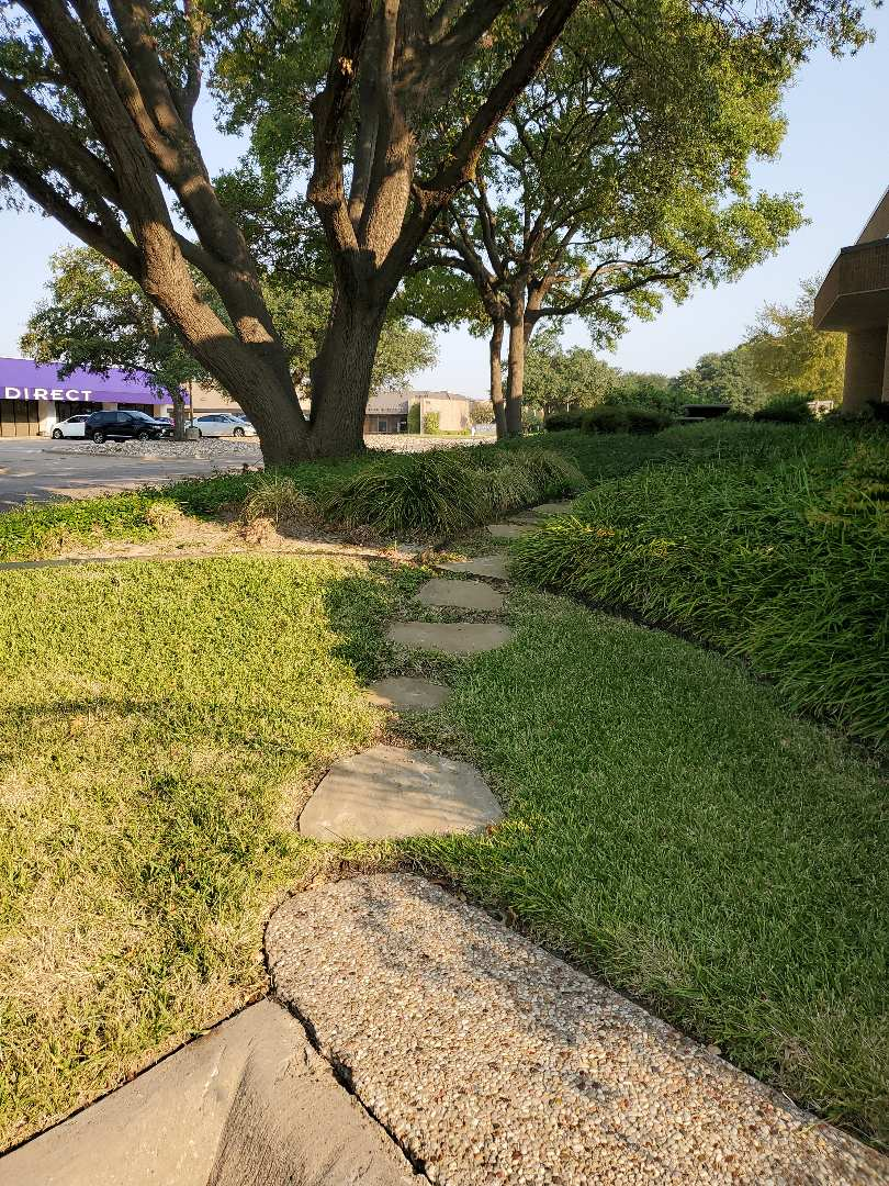 Dallas, TX - Sprinkler system repairs, Change old controller and replace some valves.