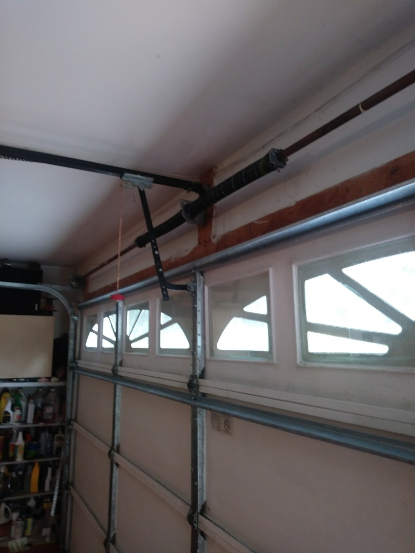 Charlotte, NC - Replaced torsion springs, added 2 strut's