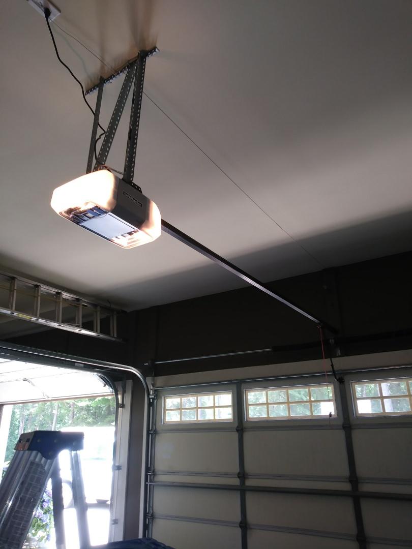 Mooresville, NC - Replaced garage door opener