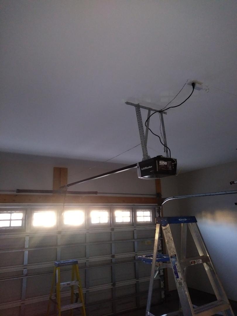 Waxhaw, NC - Installed new opener