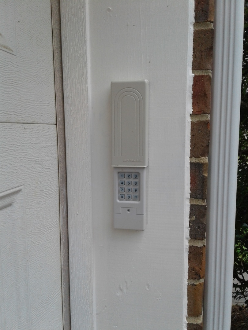 Davidson, NC - Reprogram keypad and door tuneup