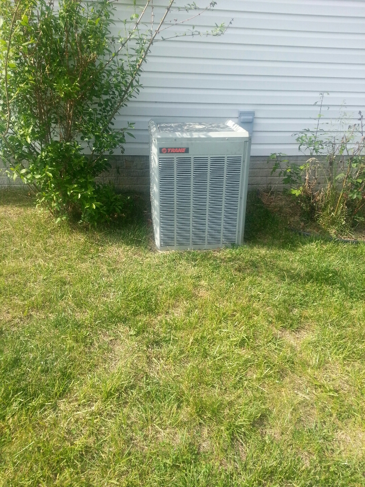 Essex, MD - Air conditioning service call consisting of replacing fan motor in Trane AC.