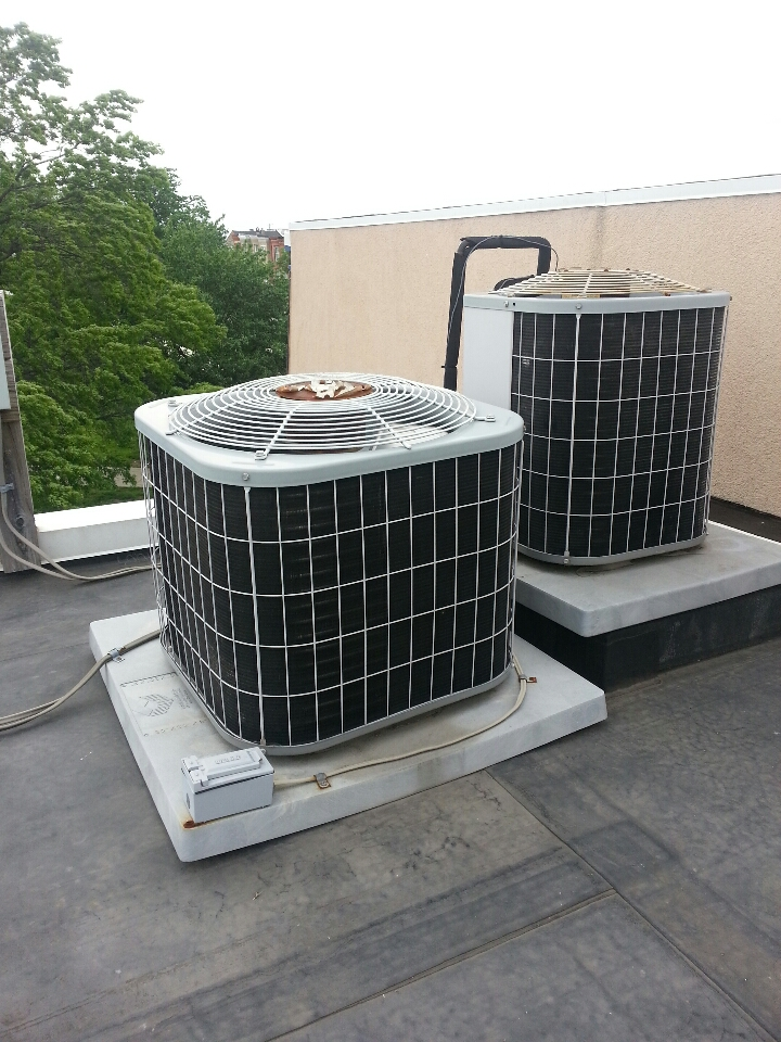 Baltimore, MD - Air conditioning service call. Carrier AC system needed R-22 freon which was located on the roof.