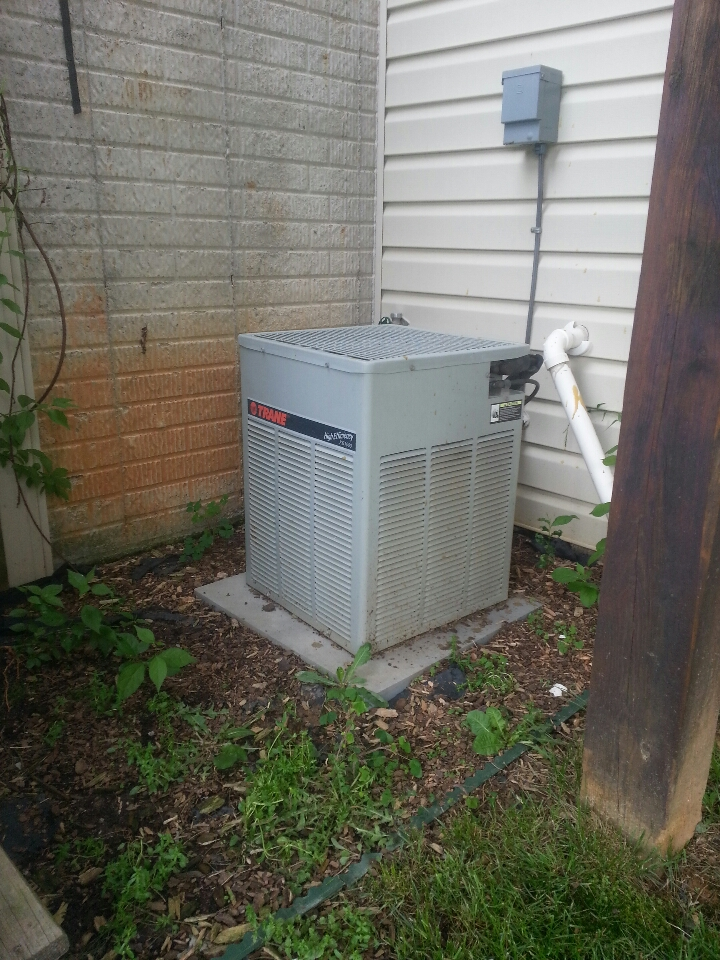 Forest Hill, MD - Air conditioning service call. Added R-22 freon to Trane AC system.