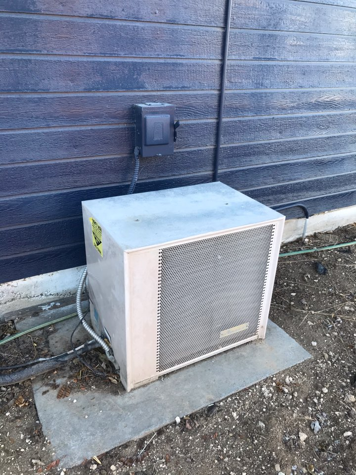 Estimate to replace existing Amana HVAC system with new Rheem furnace and air conditioner