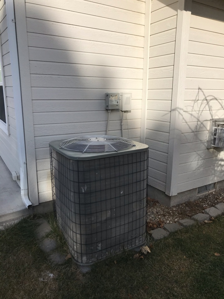 Estimate to replace existing Payne HVAC system with new Amana furnace and air conditioner and Rheem water heater