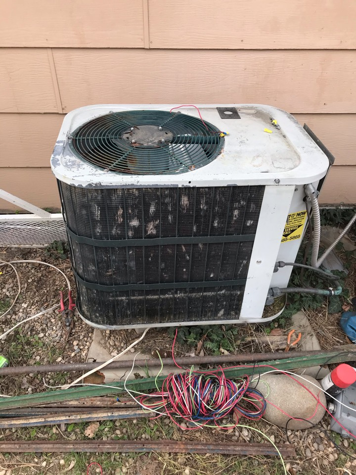 Estimate to replace old Carrier air conditioner with a Goodman AC