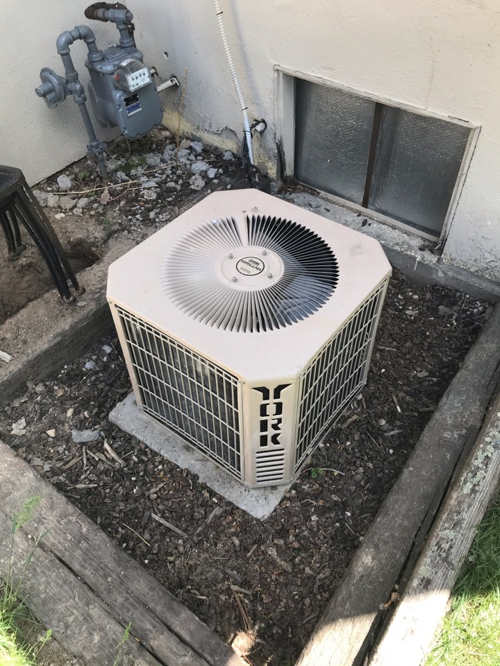 Replacing old York Air Conditioner with an Amana Air Conditioner