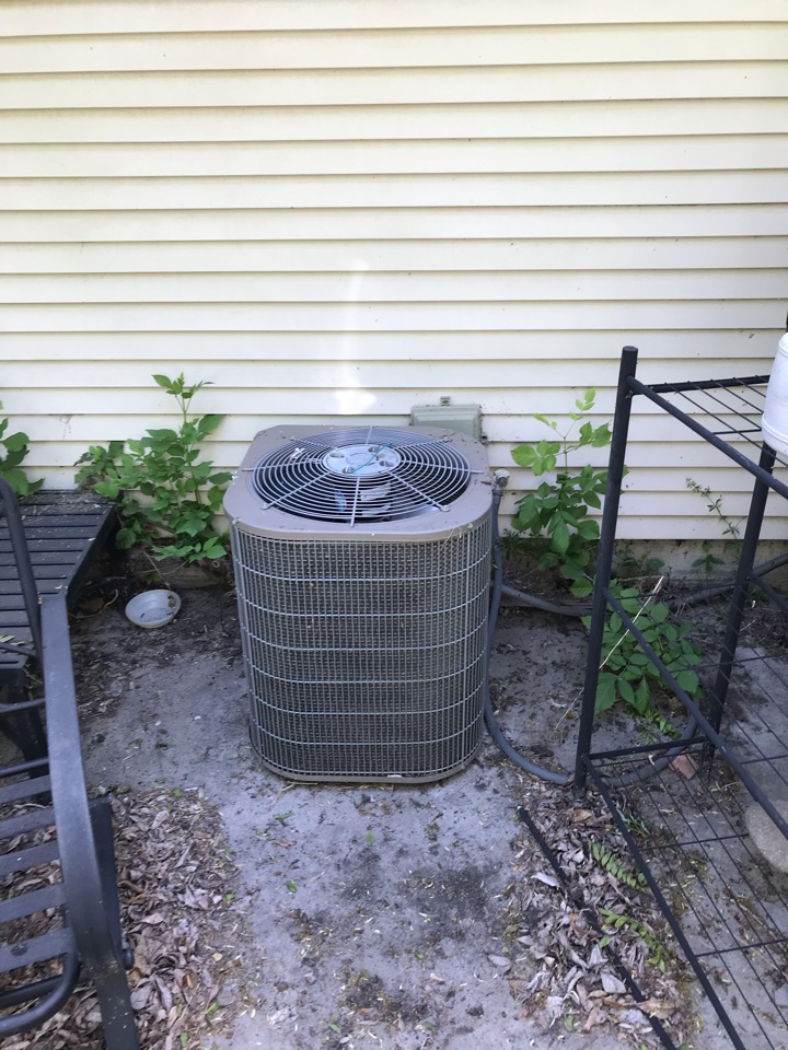 Estimate to replace existing Carrier electric furnace and air conditioner with new Amana furnace and heat pump