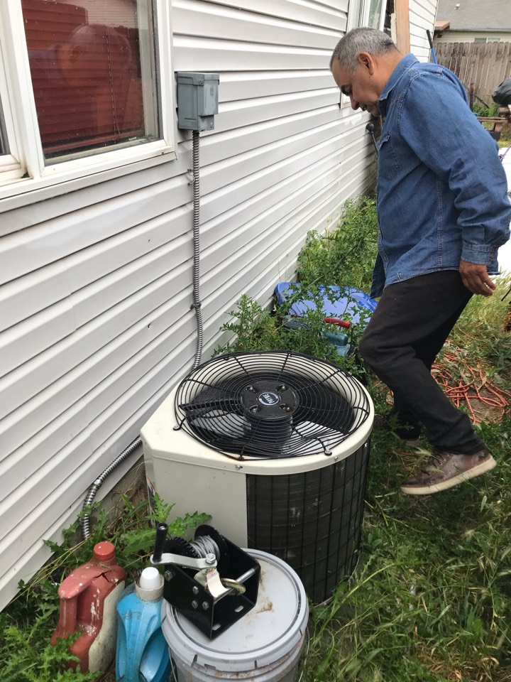 Estimate to replace existing Trane HVAC system with new Amana furnace and air conditioner