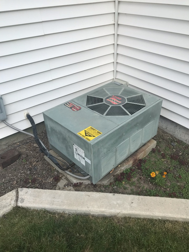 Replacing old Ruud Air Conditioner with an Amana Air Conditioner