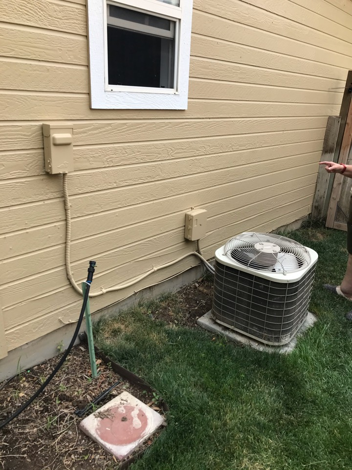Estimate to replace existing Bryant HVAC system with new Amana furnace and air conditioner