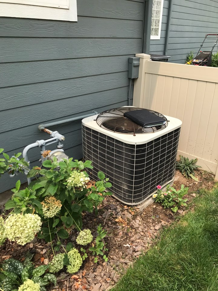Estimate to replace existing Trane HVAC system with new Rheem furnace and air conditioner