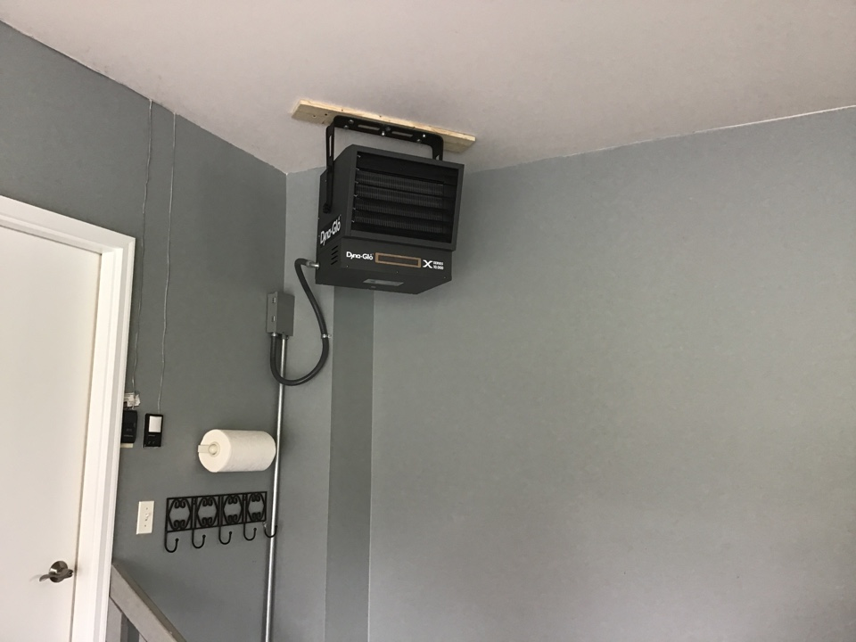 Plano, IL - Install electric for hanging electric unit heater in Plano IL.