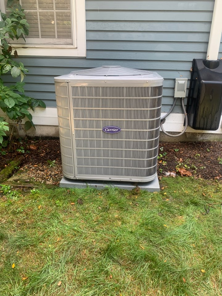 Naperville, IL - Getting ready for next summer ! Carrier HVAC