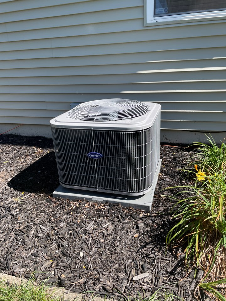 Oswego, IL - Doing a preventative maintenance on a 3 year old Carrier A/C unit in Oswego.