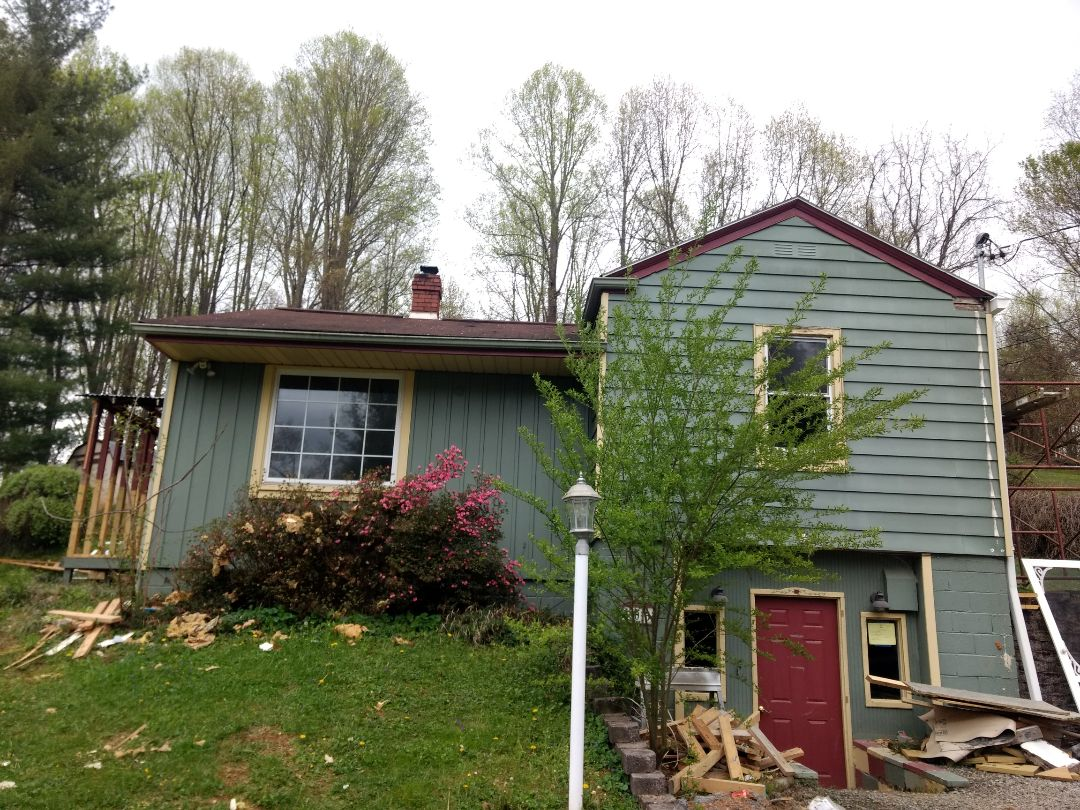 Jonesborough, TN - Roof replacement estimate given for this home.