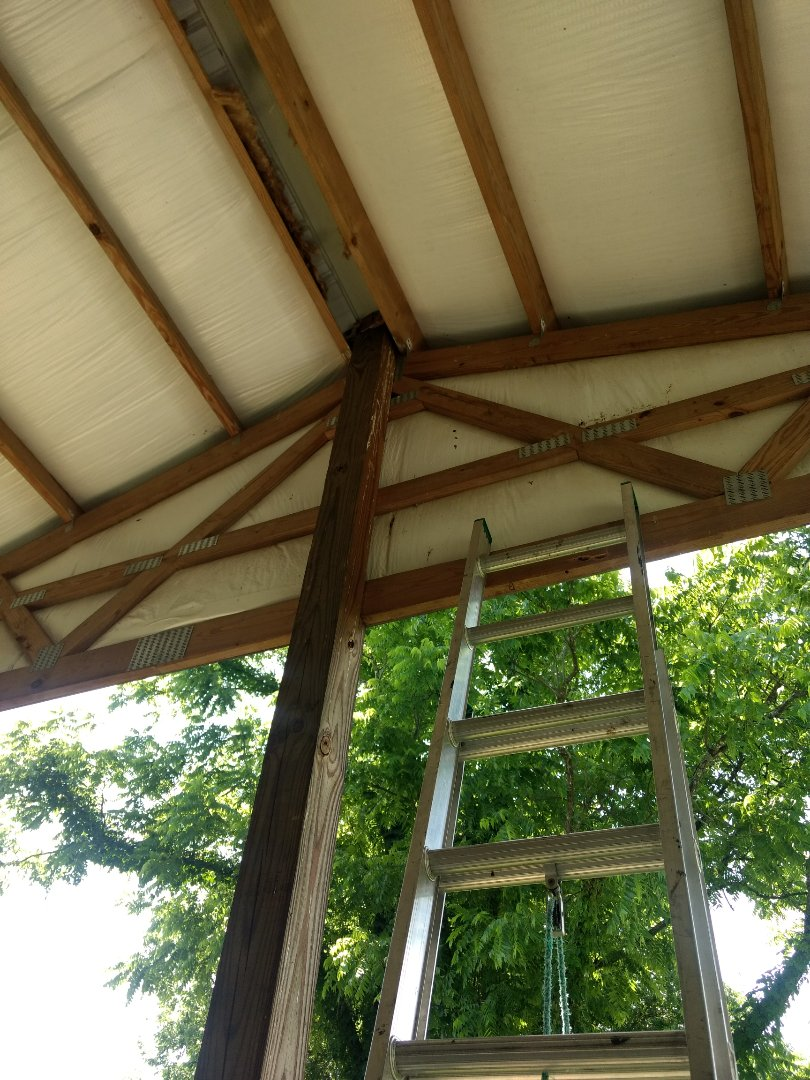 Jonesborough, TN - This Metal building has a leak that we are repairing. We do all types of roof installations and repairs, Metal, shingle, TPO, EPDM and rubber.