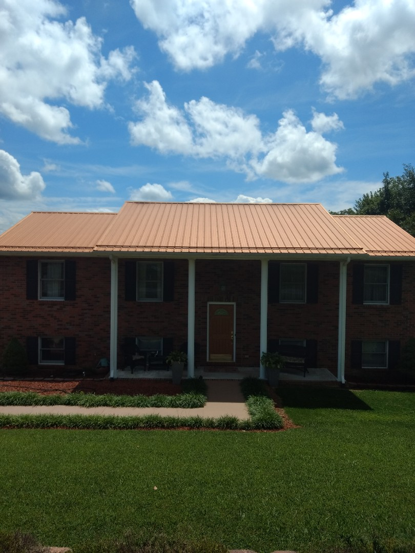 "Kingsport, TN - we are providing a quote for new 6"" gutters and downspouts on this nice home."