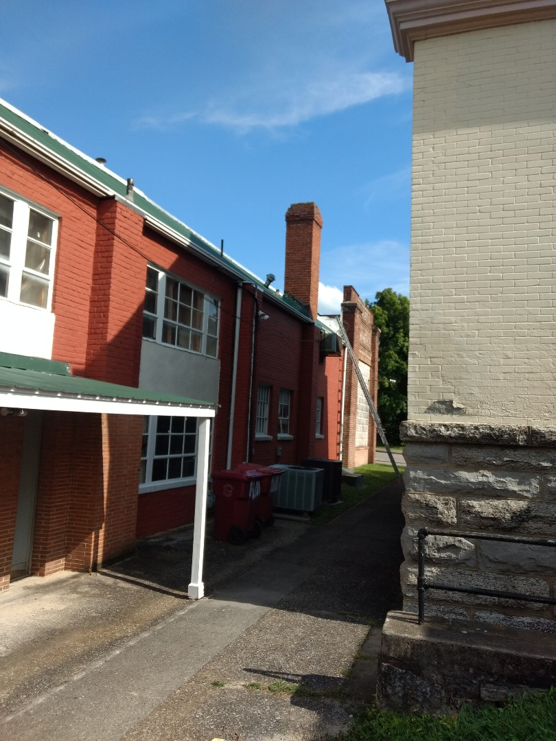Johnson City, TN - Bidding for new gutters