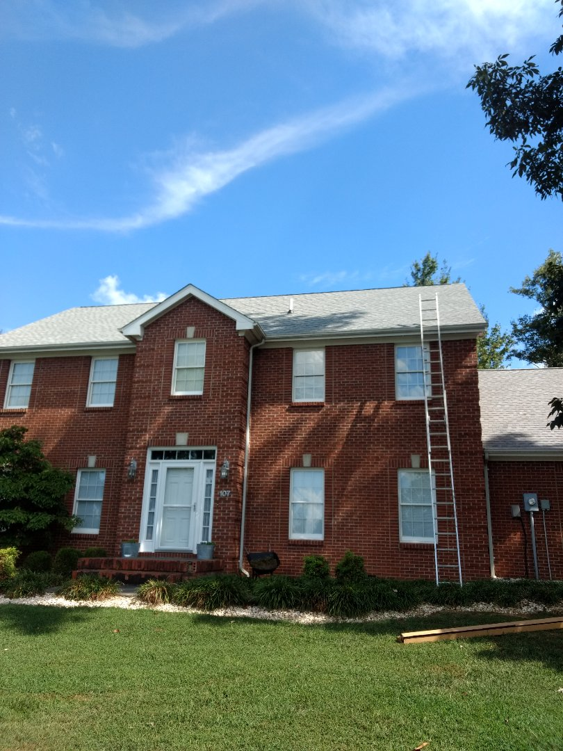 Fall Branch, TN - Reroof with GAF Fox hollow grey. Install new sure flow gutter guard
