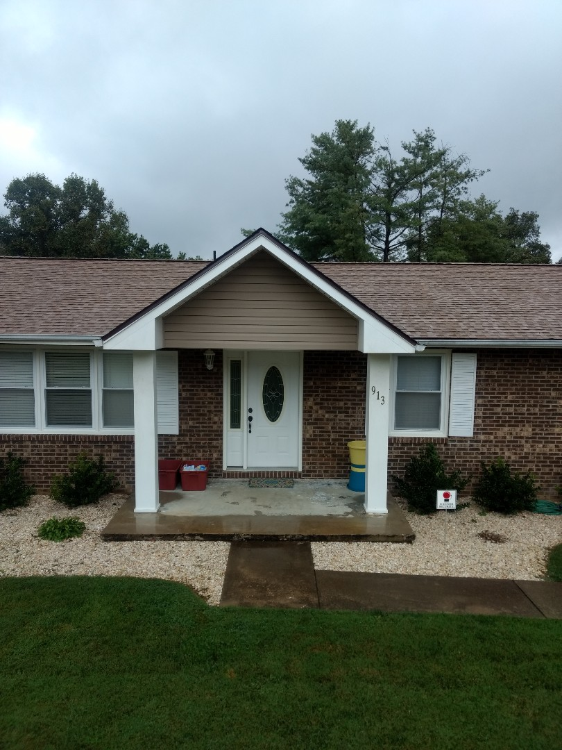 Johnson City, TN - Completely reroofed with GAF TIMBERLINE HD SHINGLES