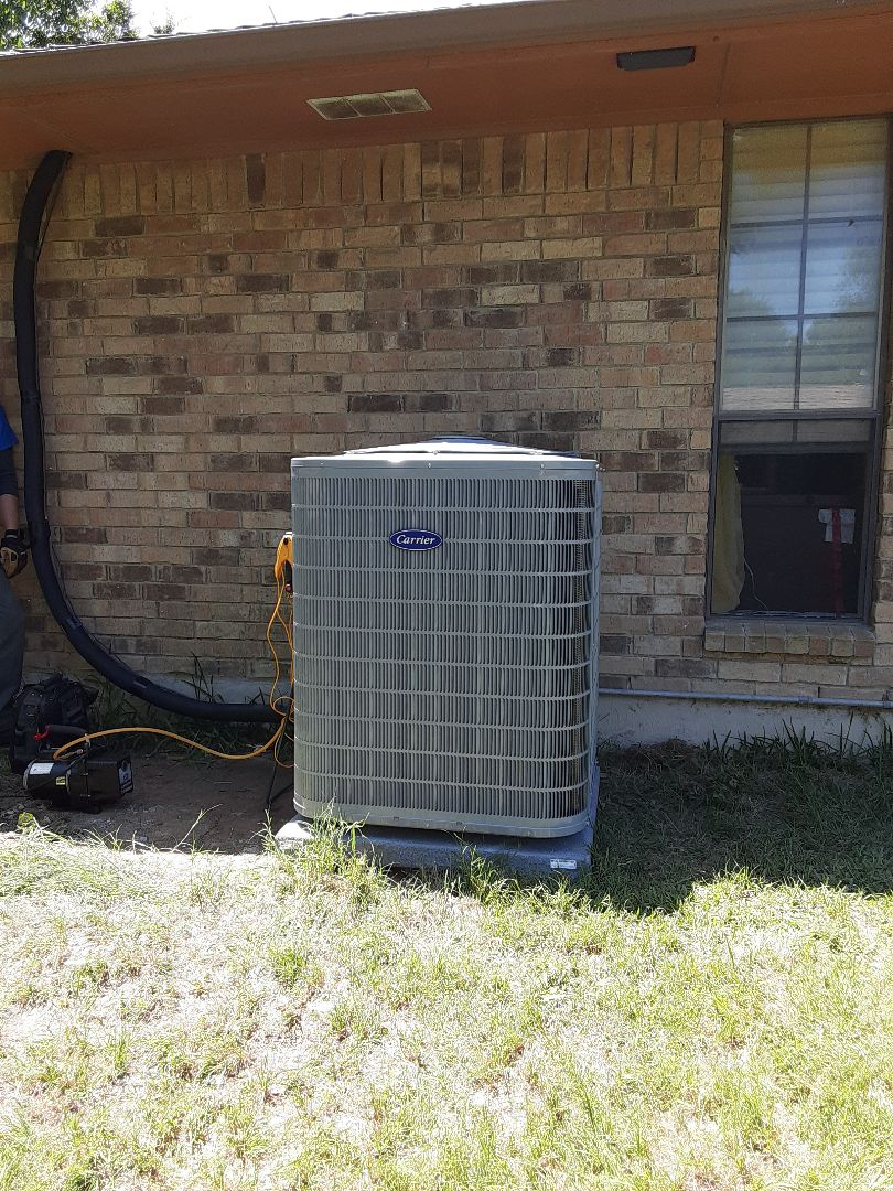 Lancaster, TX - Performance series carrier 2 stage condenser installation in Lancaster
