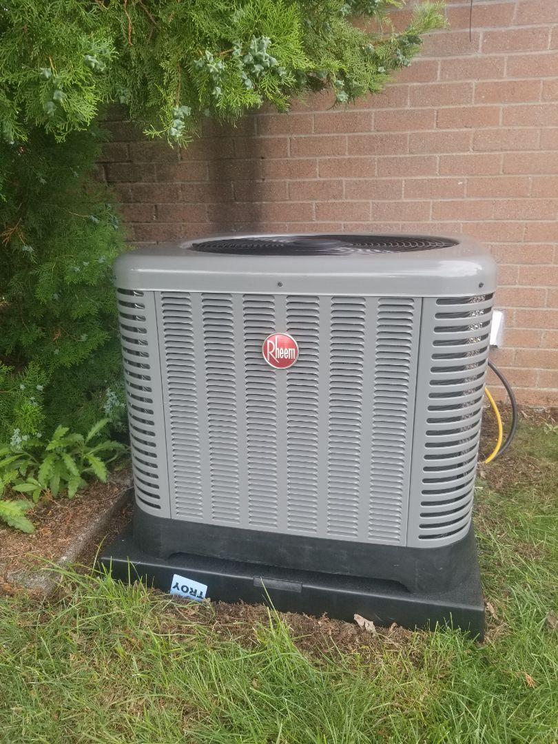 Warren, MI - New Rheem furnace and air conditioner.