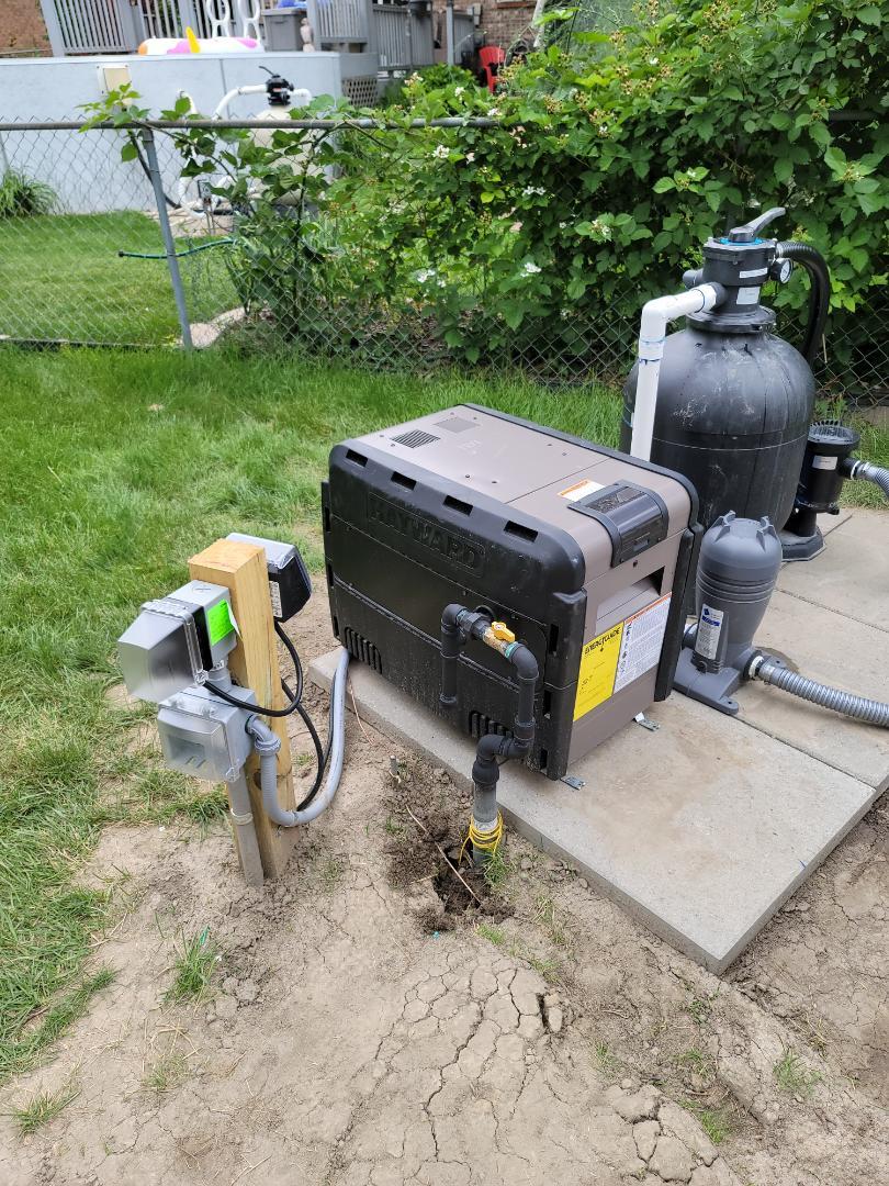 Macomb, MI - Gas line to new pool heater.