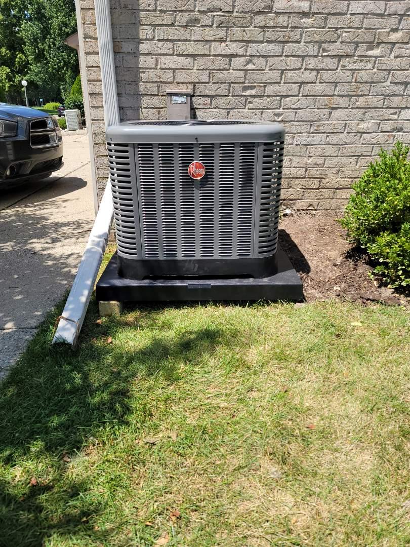 Harrison Township, MI - New Rheem Air Conditioner