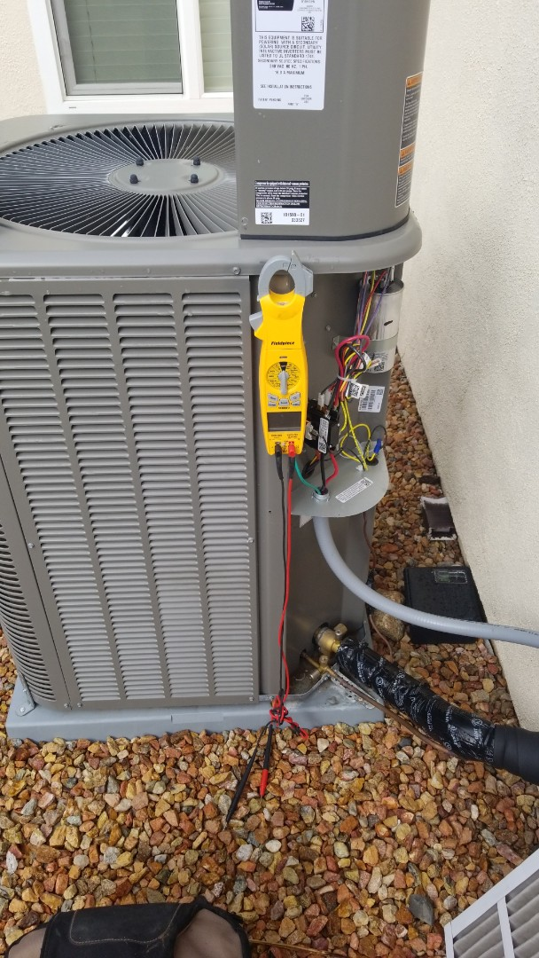 Lake Elsinore, CA - Doing a single system ac and furnace maintenance out here in Lake Elsinore