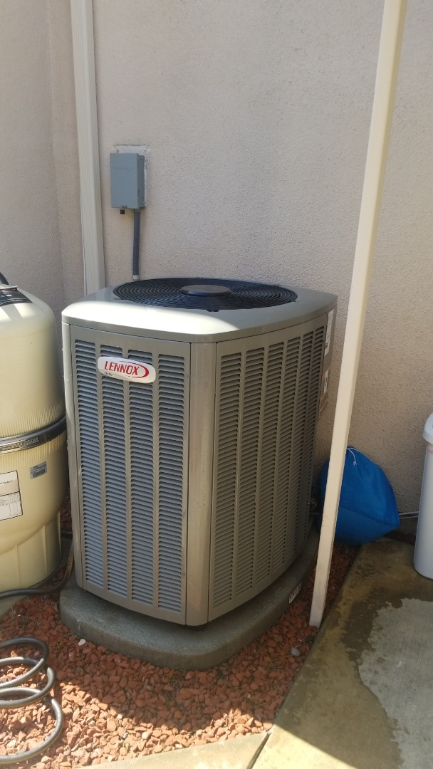 Murrieta, CA - Doing a single Lennox system ac Maintenance out here in Murrieta