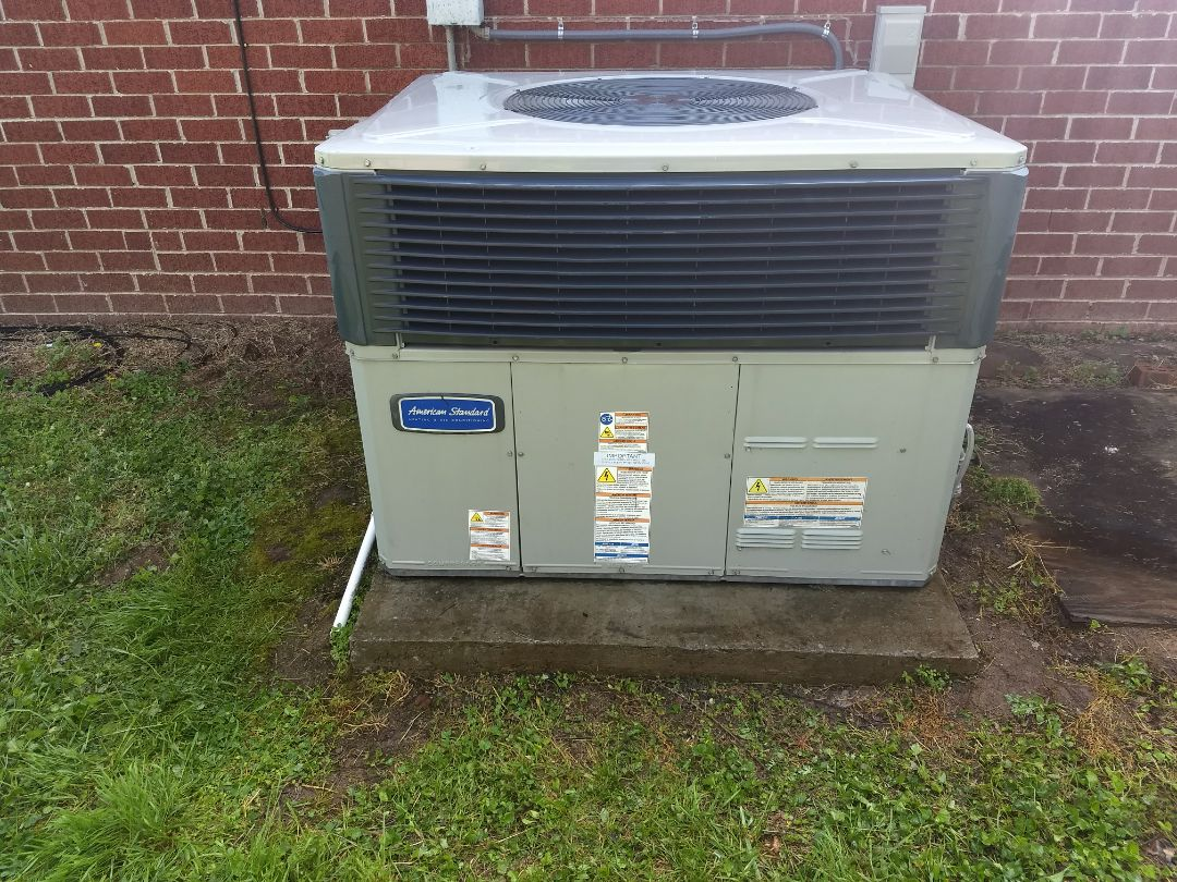 Performed AC maintenance on 1 American Standard gas pack for family in Nashville, TN.