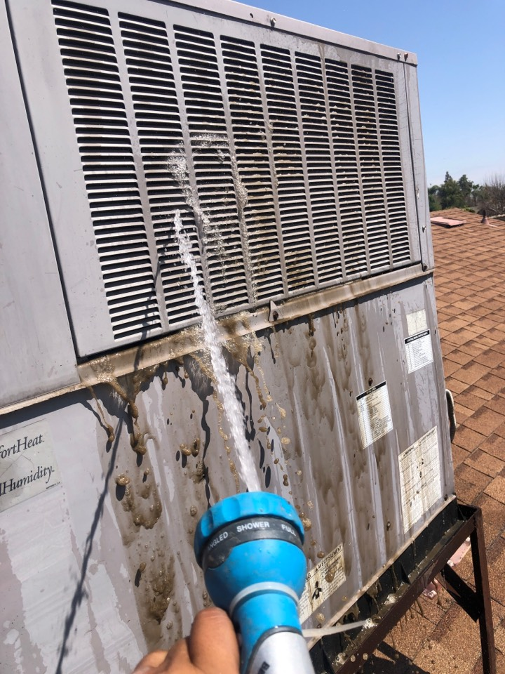 """Visalia, CA - """"Routine Maintenance on a Infinity series dual pack unit found a dirty condenser coil. One of the major issues a dirty condenser coil will cause an Ac unit not to cool"""""""