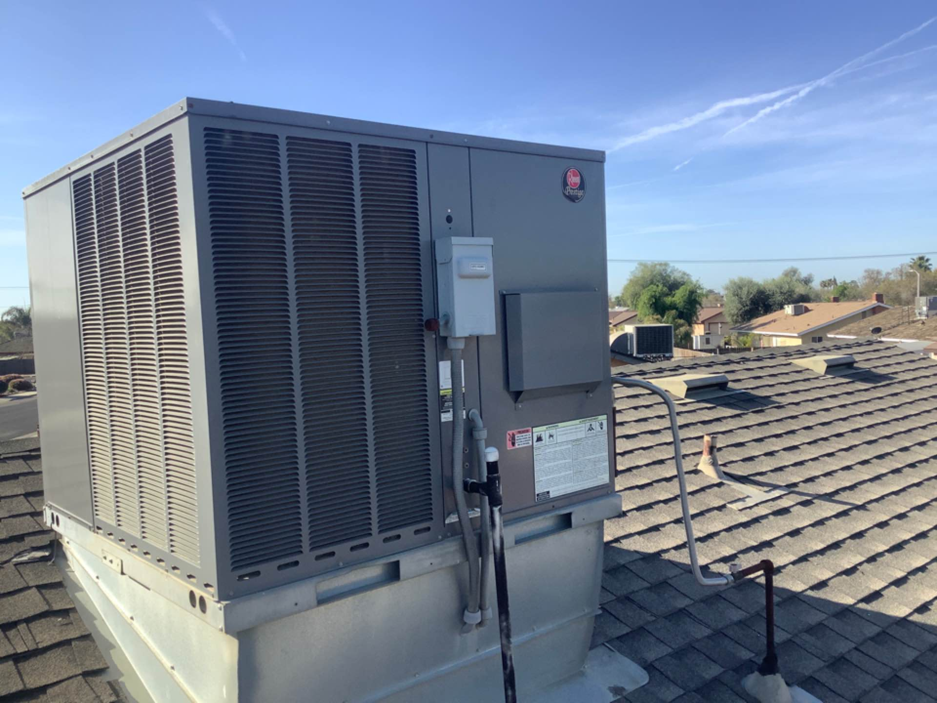 Hanford, CA - Preparing for a hot summer. Getting this Rheem prestige cleaned up and go to go.