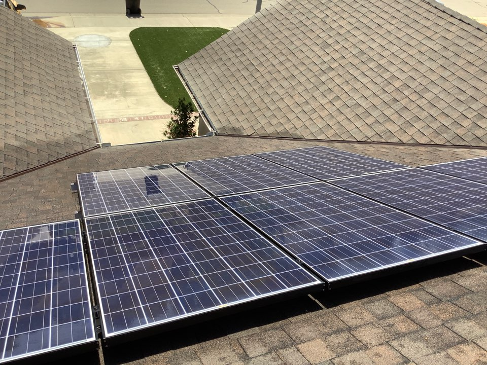Visalia, CA - Dirty solar panels? Not anymore. Just cleaning these things up.
