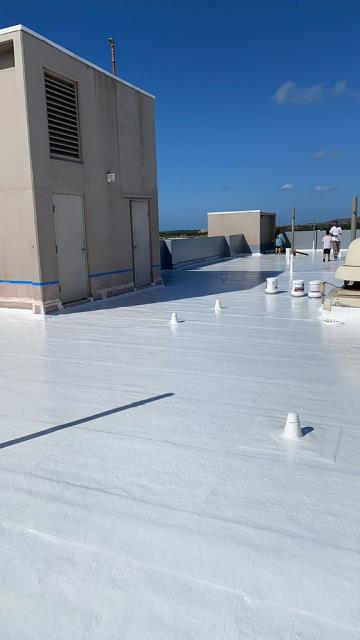 Waipahu, HI - This was a great commercial roofing project that we did. We used Gaco Silicone Coating on the apartment building. Great Warranty as well.