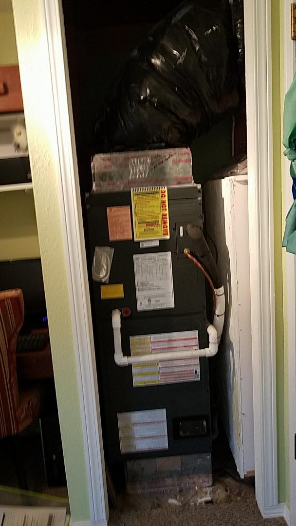 Selah, WA - Heat Pump installation
