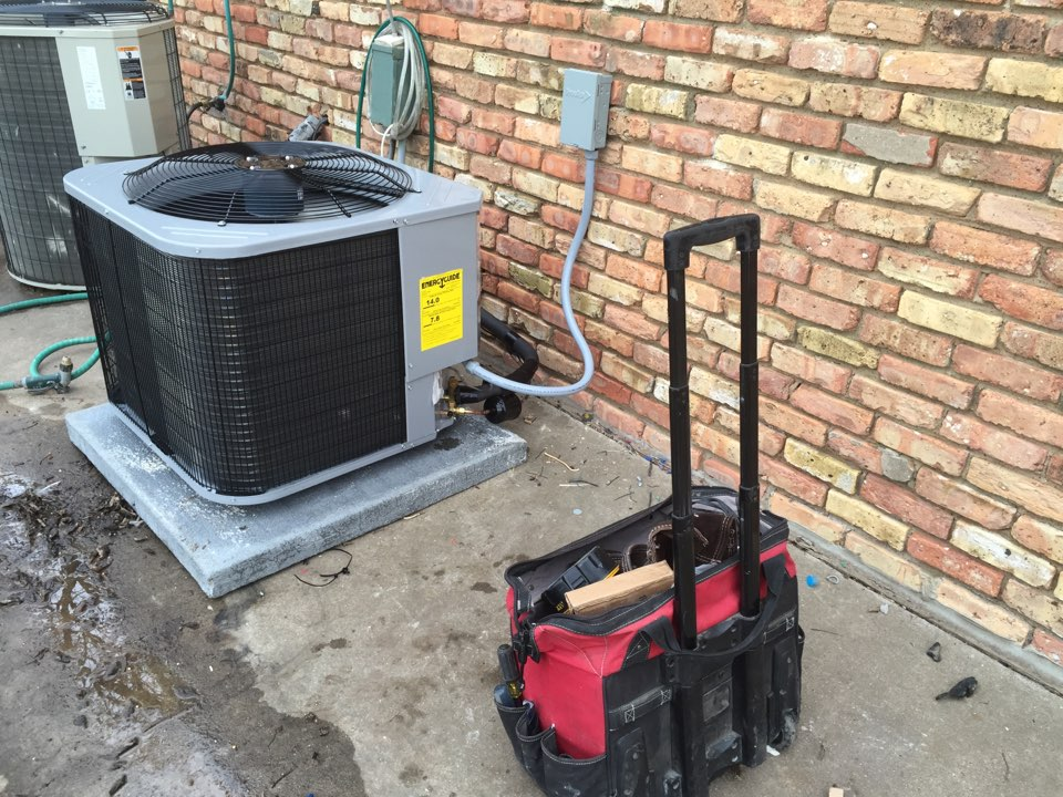 Milford, TX - Installing a 2-1/2 complete heatpump system ducting equipment drains etc.