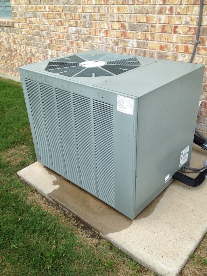 Ovilla, TX - Just performed tune up cleaned cond coil and checked everything in the system