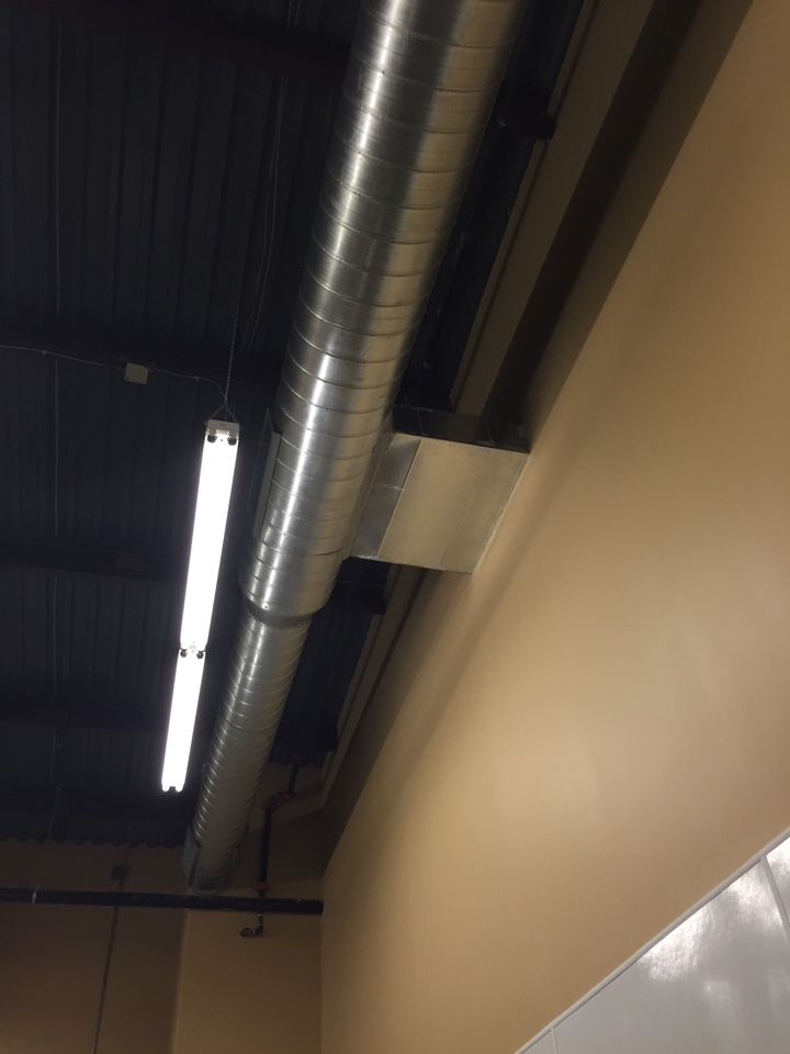 Dallas, TX - Ductwork addition on commercial ac