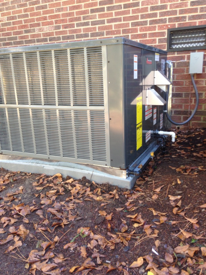 Aiken, SC - 15 SEER Gas pkg unit intallations